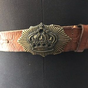 To be a queen! Leather belt!